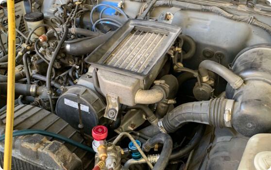 スズキ JA11のジムニーのエアコンの修理について