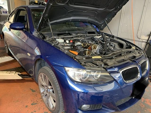 BMW 320iのオイル漏れ修理