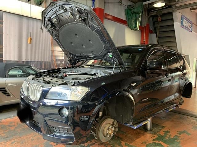 BMW X3のブレーキパットの交換 スキャンツール使用の整備